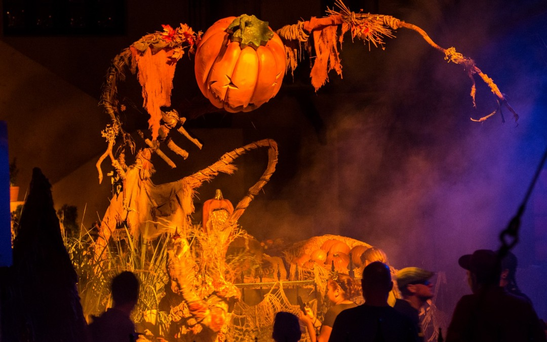 "Halloween Horror Nights Introduces ""The Walking Dead"" Haunted House"