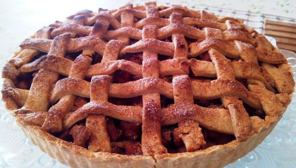 Photo by Tarina, via Pixabay | https://pixabay.com/en/apple-pie-lattice-dessert-crust-1205471/