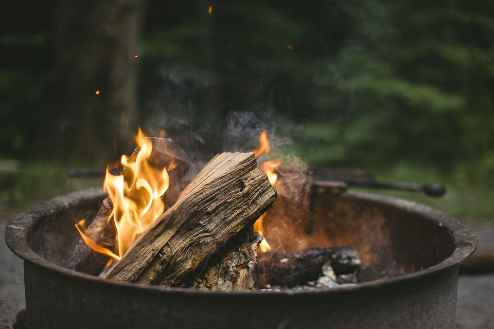 Photo by SupremeRyan, via Pixabay | https://pixabay.com/en/fire-chill-campfire-fireplace-1535921/